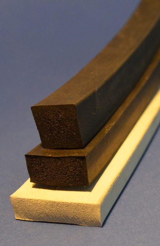 drei Schaumprofile in rechteckiger Form aus Zellgummi, Moosgummi und Silikonschaum
